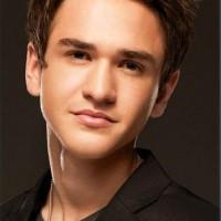 Aaron Kelly Mp3